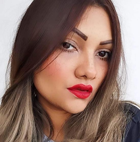Blogger    Daniela  Vásquez  - English teacher.